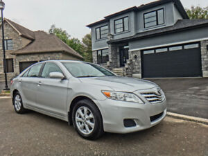 TOYOTA CAMRY LE 2011 * BLUETOOTH * AUTOMATIQUE * CRUISE CONTRE *