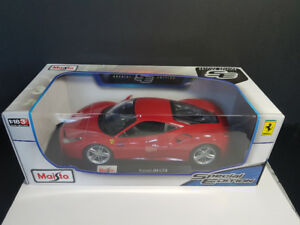 1/18 Maisto Ferrari 488 in Red