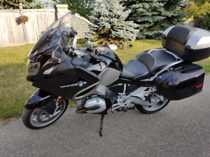 Stunning Ebony Metallic 2015 BMW 1200 RT Motorcycle