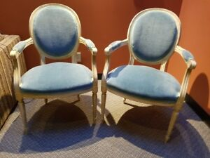 Queen Anne chairs with 2 side tables