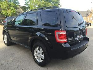 2011 FORD ESCAPE XLT * LEATHER * LOW KM * MINT CONDITION London Ontario image 4