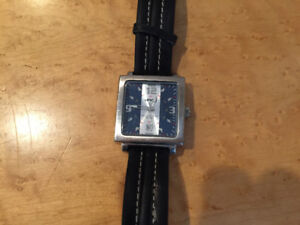 LEVIS JEANS WATCH WITH LEATHER STRAP**LIKE NEW