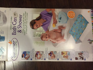 Infant to toddler bath with sling