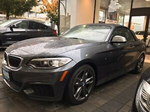 2016 BMW M235 xDrive Cabriolet  Downtown-West End Greater Vancouver Area image 1