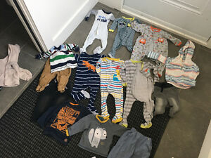 Lot pyjama et vetement 12-18 m