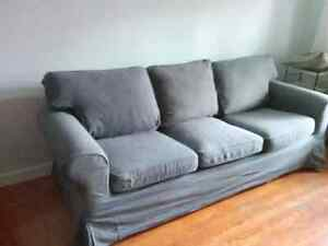 Sofas covers kijiji free classifieds in calgary find a for Sofa bed kijiji calgary