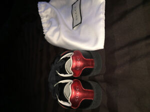 Gucci sneakers size 25 toddler boys. EUC