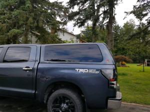 Leer 100XQ cap for Toyota Tundra