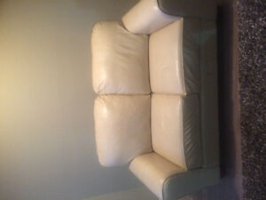 !! White leather couch !!