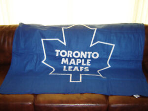 official photos b9fee 1f59c Toronto Maple Leaf Blanket | Buy New & Used Goods Near You ...