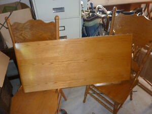 Sold Maple Table for sale Sarnia Sarnia Area image 1