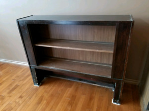 Wooden case/shelf