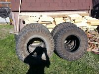 4 Mickey Thompson Tires 37 x 12.50 R17