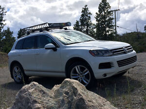 2014 Volkswagen Touareg Executive SUV, Crossover
