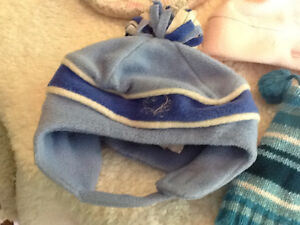 7 infant winter hats Kingston Kingston Area image 2