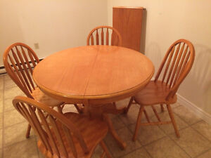 Perfect shape dining table and  four chairs