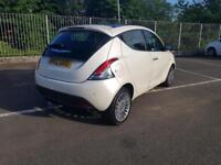Chrysler Ypsilon 1.3Multijet Limited DIESEL WHITE £0 ROAD TAX FULL SPEC WARRANTY