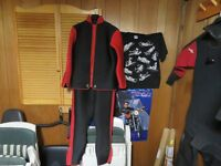 divers wet suit and dry suit with liner  size large  whites