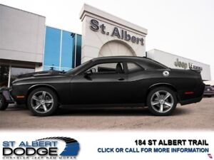 2016 Dodge Challenger SXT  HEATED LEATHER SEATS| BACKUP CAMERA|