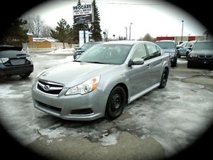 2011 Subaru Legacy 2.5L, AUTOMATIC & HEATED SEATS. ***AWD***