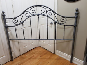 Metal headboard - Queen Bed