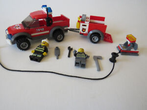 5 x Lego City vehicle sets, including minifigures