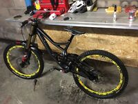 Specialized demo 8 Carbon downhill mountain bike