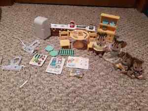 Calico Critters - Chipmunk Family and Kozy Kitchen London Ontario image 1