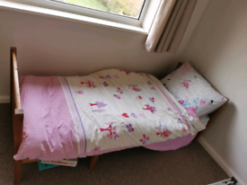 Child's Extendable Bed