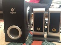 Logitech S200 computer speakers + subwoofer - HARDLY USED!