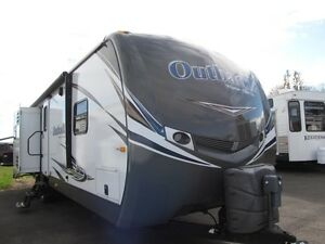 2014 Outback 323BH for sale