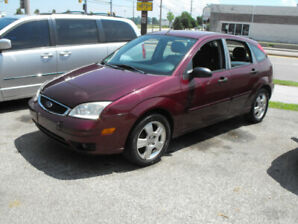 2007 FOCUS SES HATCHBACK  139,000 KMS  AUTO  ALL PWR OPTIONS