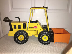 Vintage Mighty Tonka Forklift w container
