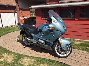 1999 BMW R1100RT SEULEMENT 11,000km!!!