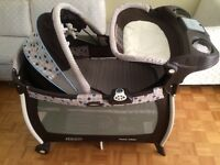 Graco Pack N' Play, Playpen and Changer
