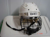 CCM Hockey jeunesse casque