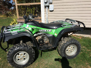 2004 ARTIC CAT 400........FINANCING AVAILABLE