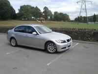 BMW 320i SE Saloon in Bright Silver Metallic