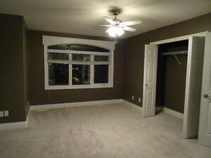 Spacious room for rent in Leduc