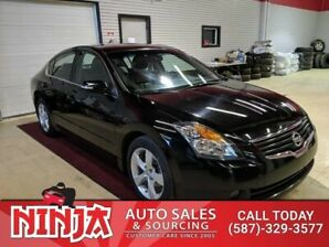 2009 Nissan Altima SE  Leather Sunroof Low Km Top Trim Package