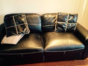 Leather Love Seat - Sofa en Cuir