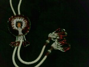 VINTAGE ADORABLE NATIVE SEED BEAD HAND MADE BOLO TIE Kitchener / Waterloo Kitchener Area image 8