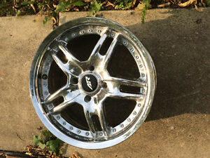 4 Rims!! In great conditions for 200$ 14inch