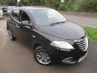 2014 CHRYSLER YPSILON PLATINUM TOP OF THE RANGE MAGIC PARKING HATCHBACK PETROL