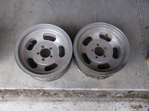 "14"" ALLOY SLOT WHEELS London Ontario image 4"