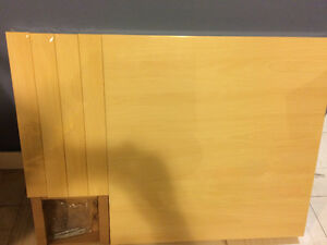 2 of the ikea side table Oakville / Halton Region Toronto (GTA) image 2