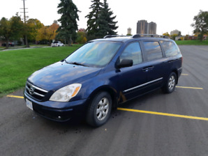 2007 Hyundai Entourage w/ safety, GREAT CONDITION