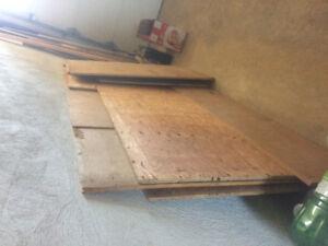 Free used 5/8 plywood