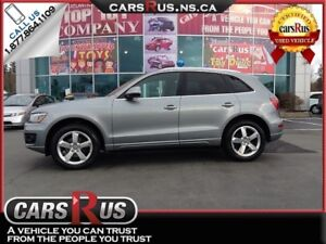 2010 Audi Q5 AWD Leather Pano Roof
