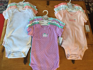 New! Carters 5 pack onesie bodysuits size 24 mths.